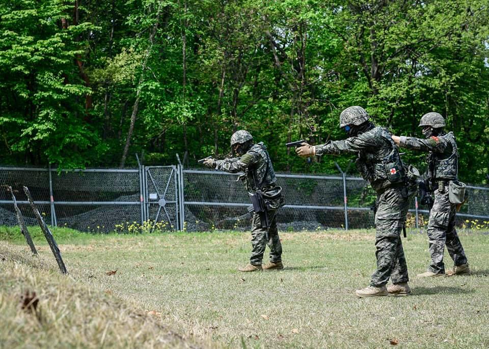 해병대  2사단 수색대대 기동사격 훈련 3.jpg