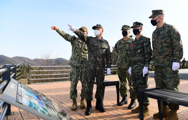 한미 해군·해병대 주임원사단, 서해수호의 날 맞아 굳건한 한미동맹 재확인.jpg